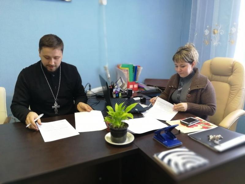 Подписано соглашение о сотрудничестве храма Преображения Господня и детского сада села Займо-Обрыв