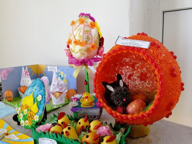 В храме Преображения с. Займо-Обрыв прошел конкурс поделок, приуроченный к празднику Пасхи Христовой