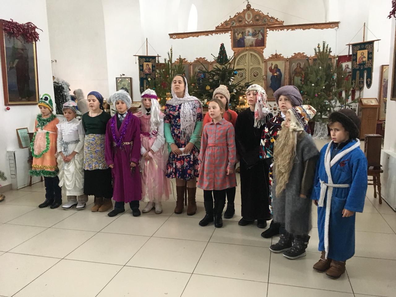 В храме Преображения Господня прошел детский утренник, посвященный Рождеству Христову